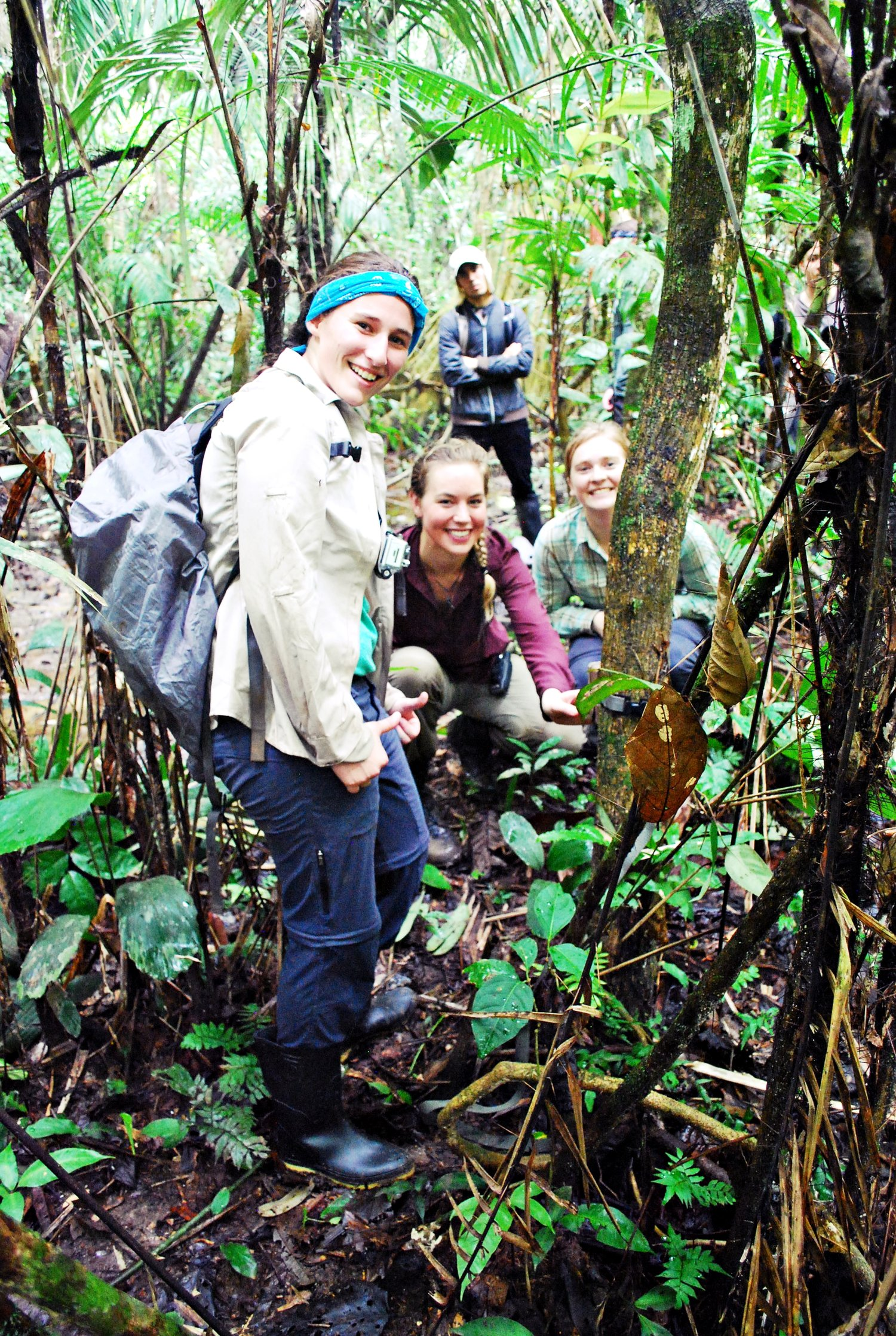 Pictured: The Hoja Nueva team camera trapping in the Amazon